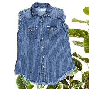 Wrangler Sleeveless Blue Top Pearl Snaps Size 10